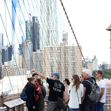 Highlights of Brooklyn Bridge Walking Tour - Unlimited Biking
